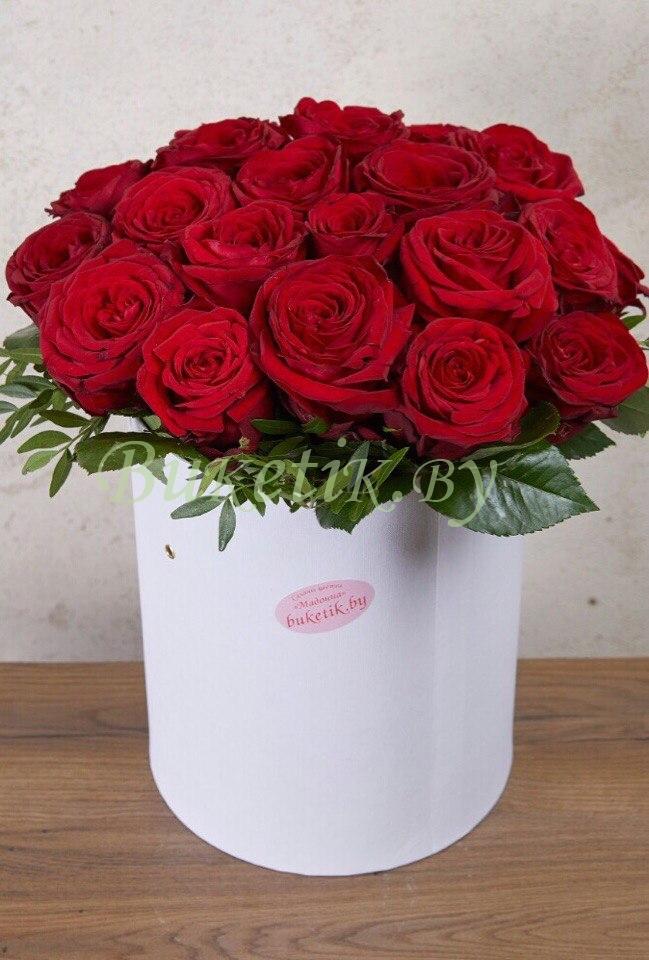 Букет из бордовых роз \