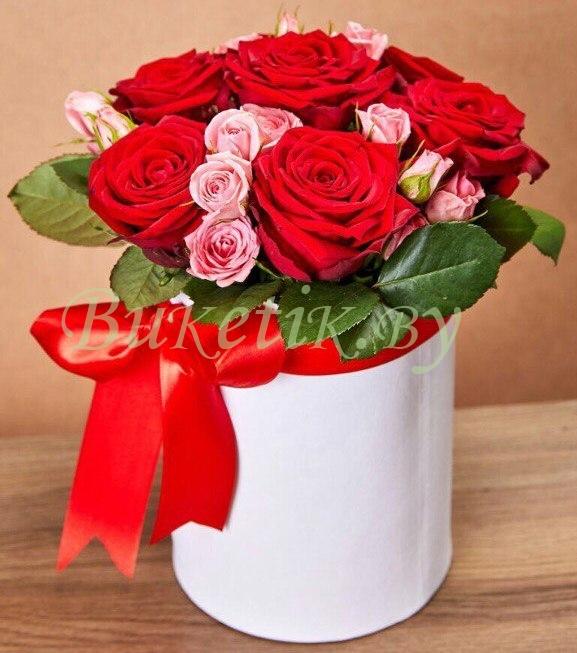 Букет в коробке из роз \