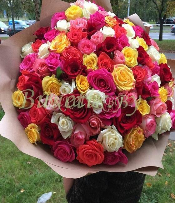 Роскошный букет из 101 розы