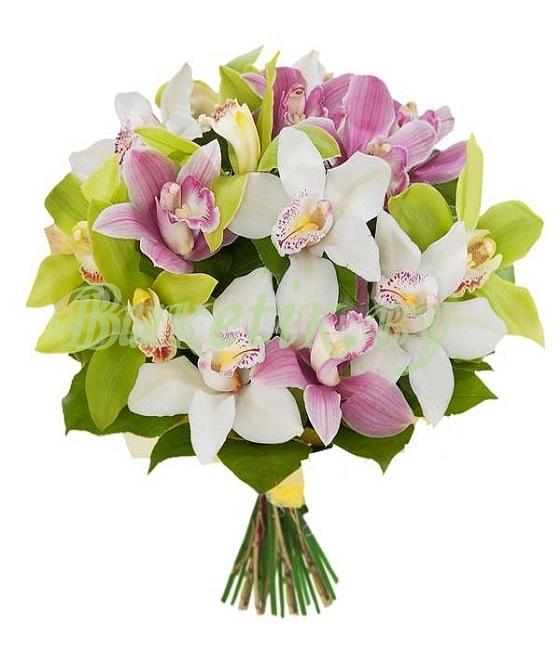 Букет из цветков орхидей