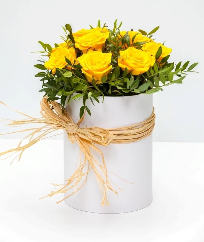 Цветочная коробка из роз \