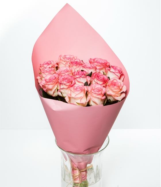 Букет из розовых роз \