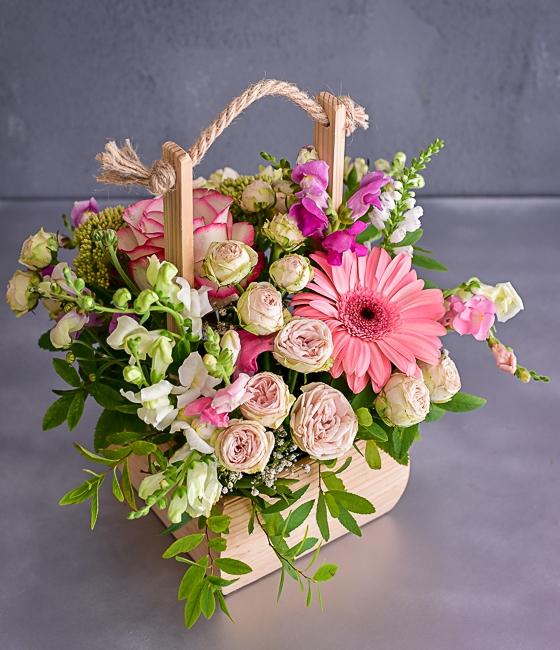 Стильная цветочная композиция