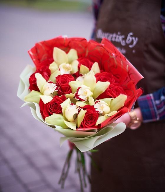 Букет из роз и орхидей \