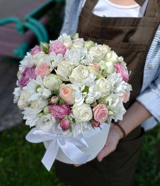 Композицмя из кустовых роз